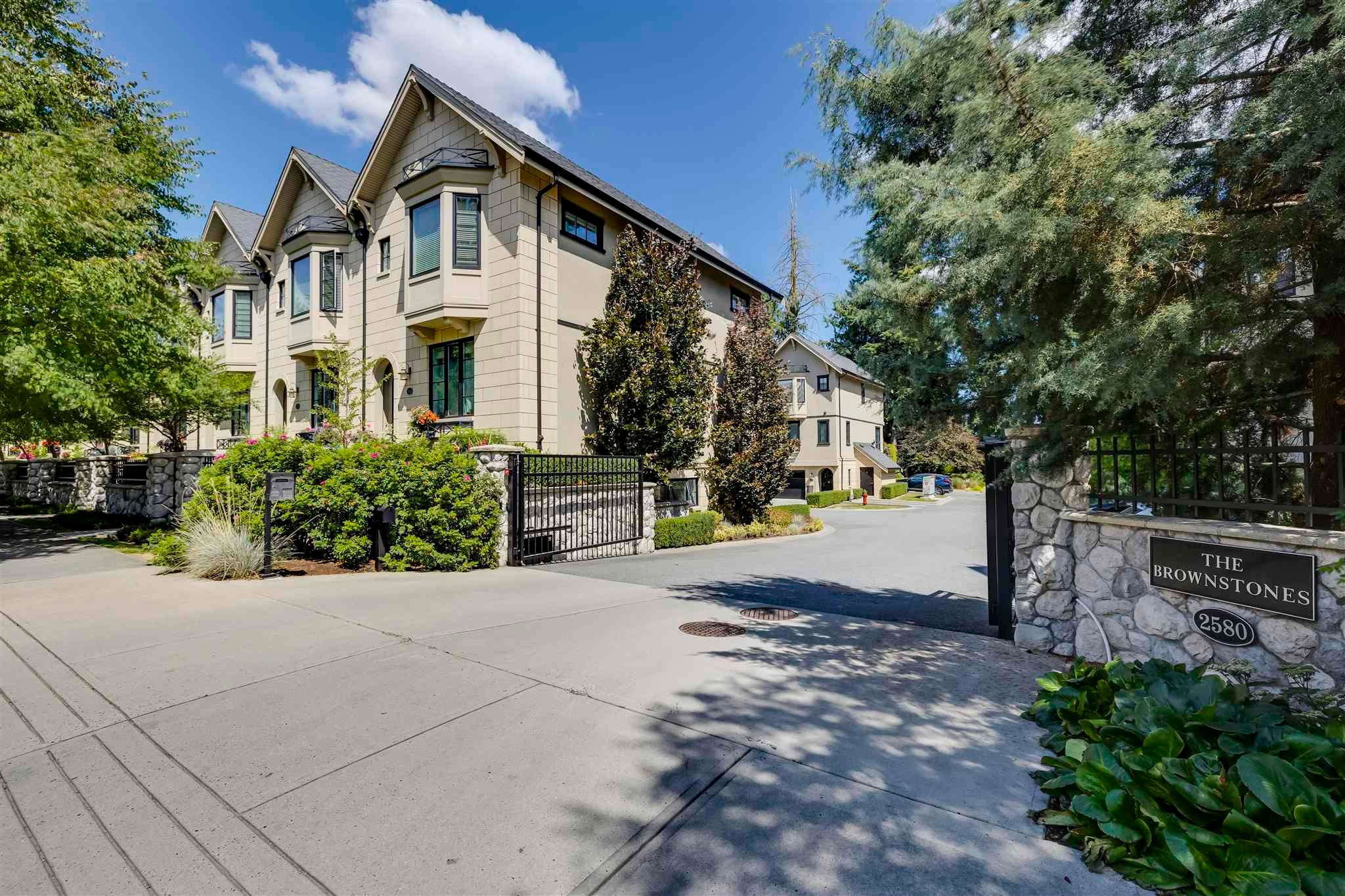 527 2580 LANGDON STREET - Abbotsford West Townhouse for sale, 3 Bedrooms (R2607055)