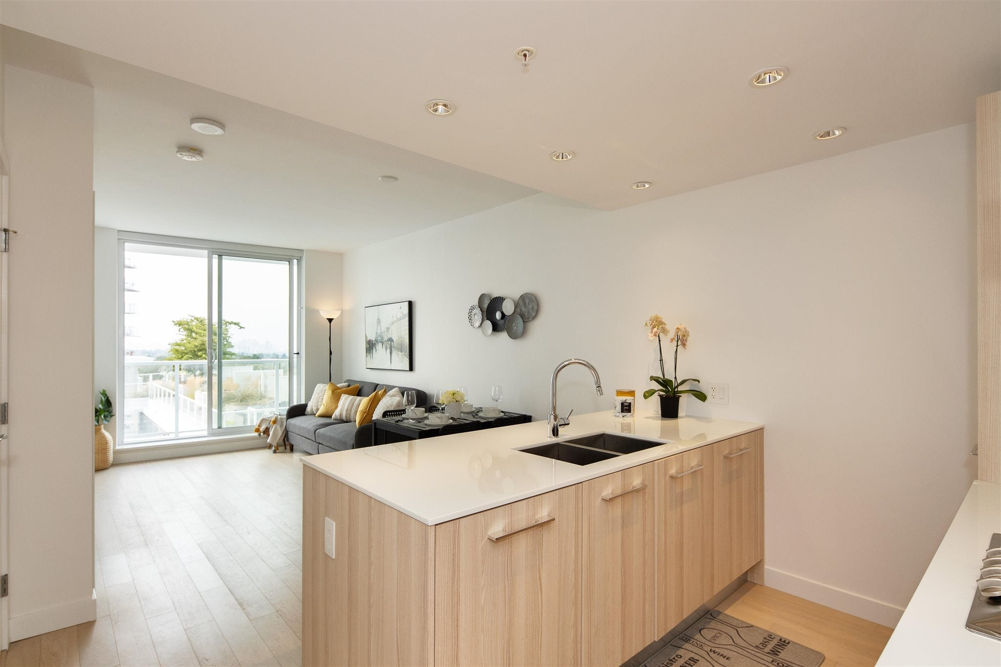 901 2220 KINGSWAY - Victoria VE Apartment/Condo for sale, 1 Bedroom (R2607170)