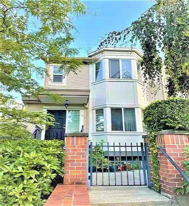 1 15450 101A AVENUE - Guildford Townhouse for sale, 3 Bedrooms (R2607238)