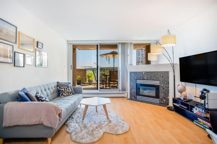 713 555 ABBOTT STREET - Downtown VW Apartment/Condo for sale, 1 Bedroom (R2608066)