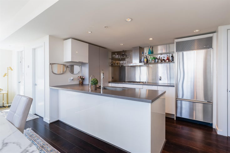 1901 788 RICHARDS STREET - Downtown VW Apartment/Condo for sale, 3 Bedrooms (R2608225)
