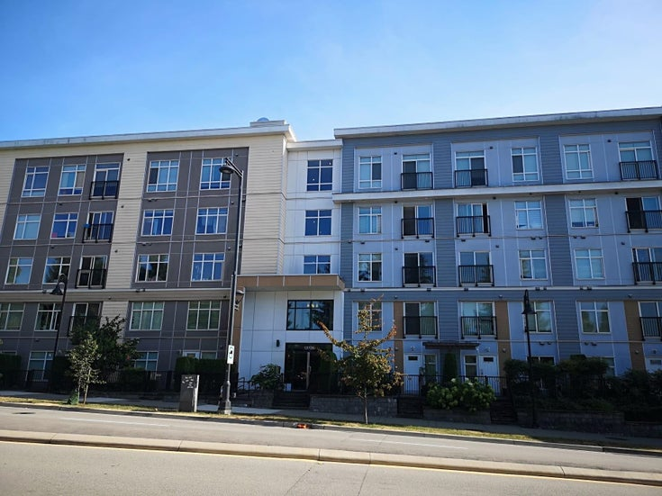 318 13728 108 AVENUE - Whalley Apartment/Condo for sale, 1 Bedroom (R2608534)