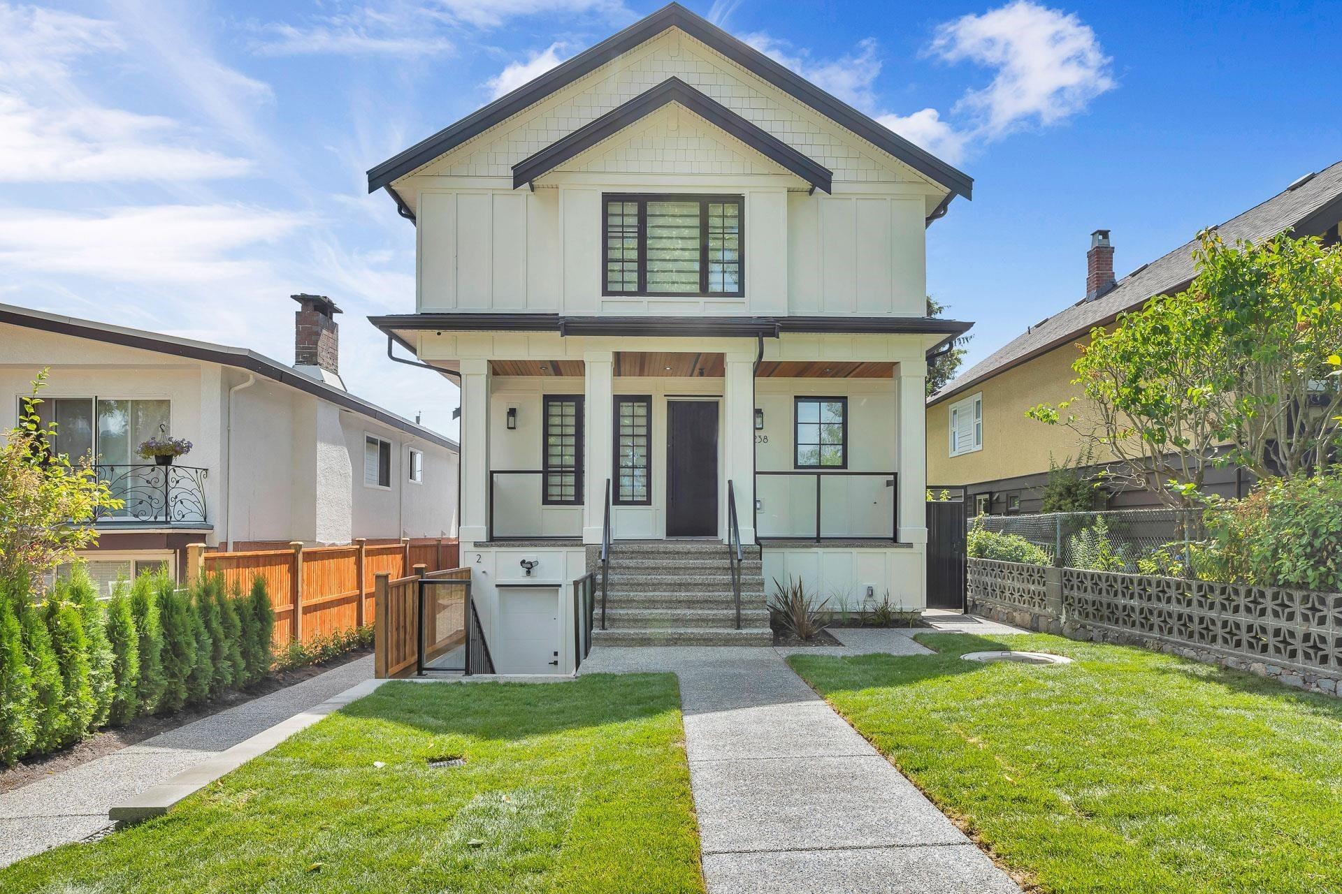 3238 E PENDER STREET - Renfrew VE 1/2 Duplex for sale, 5 Bedrooms (R2608856) - #1