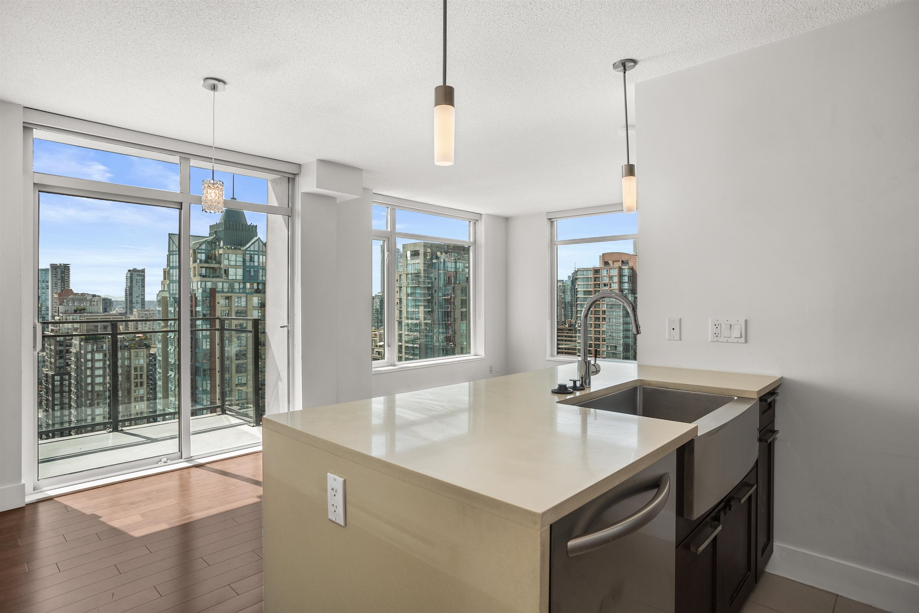 3001 888 HOMER STREET - Downtown VW Apartment/Condo for sale, 2 Bedrooms (R2609790) - #1