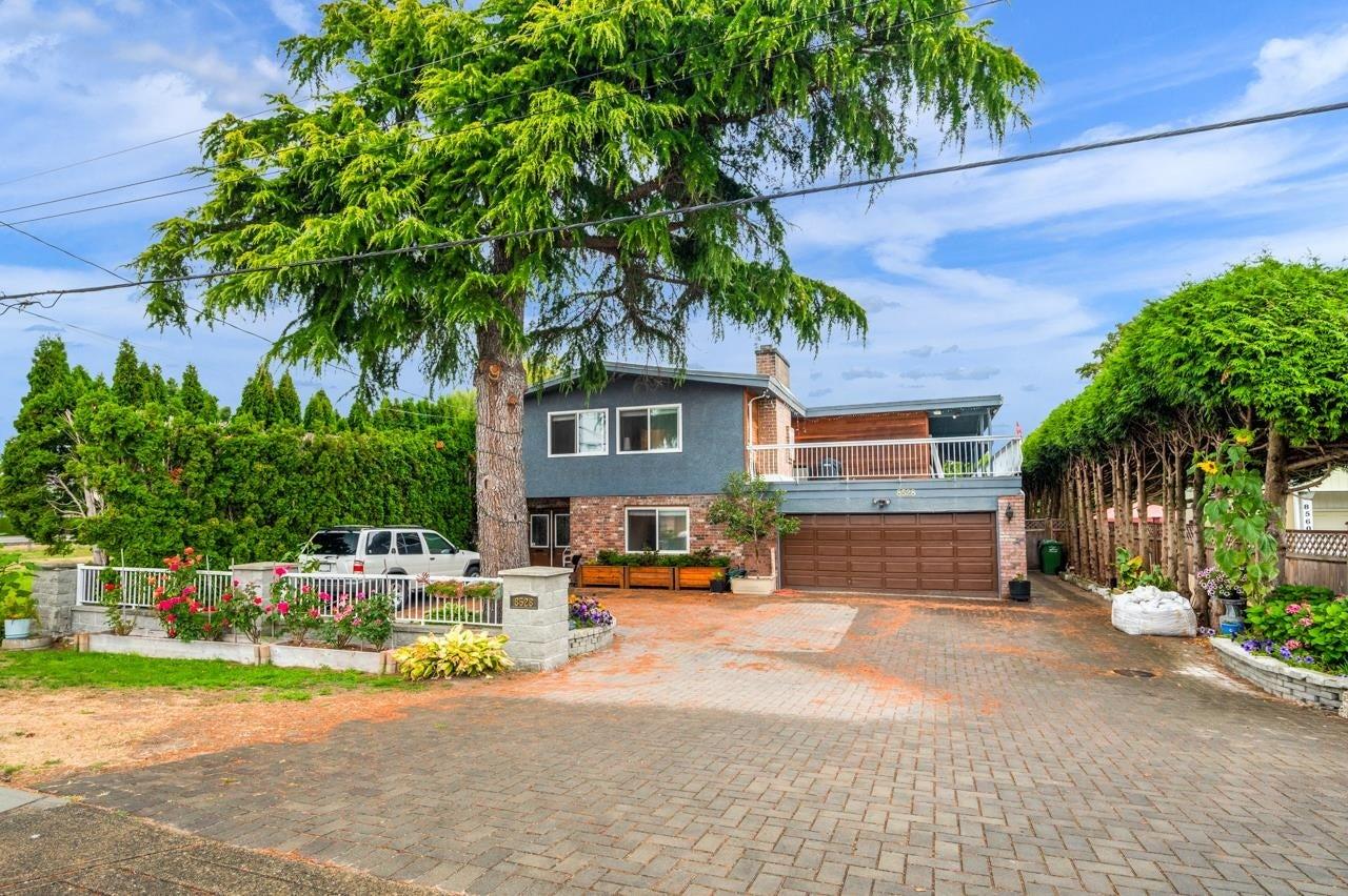 8528 ASH STREET - Garden City House/Single Family for sale, 12 Bedrooms (R2611125)