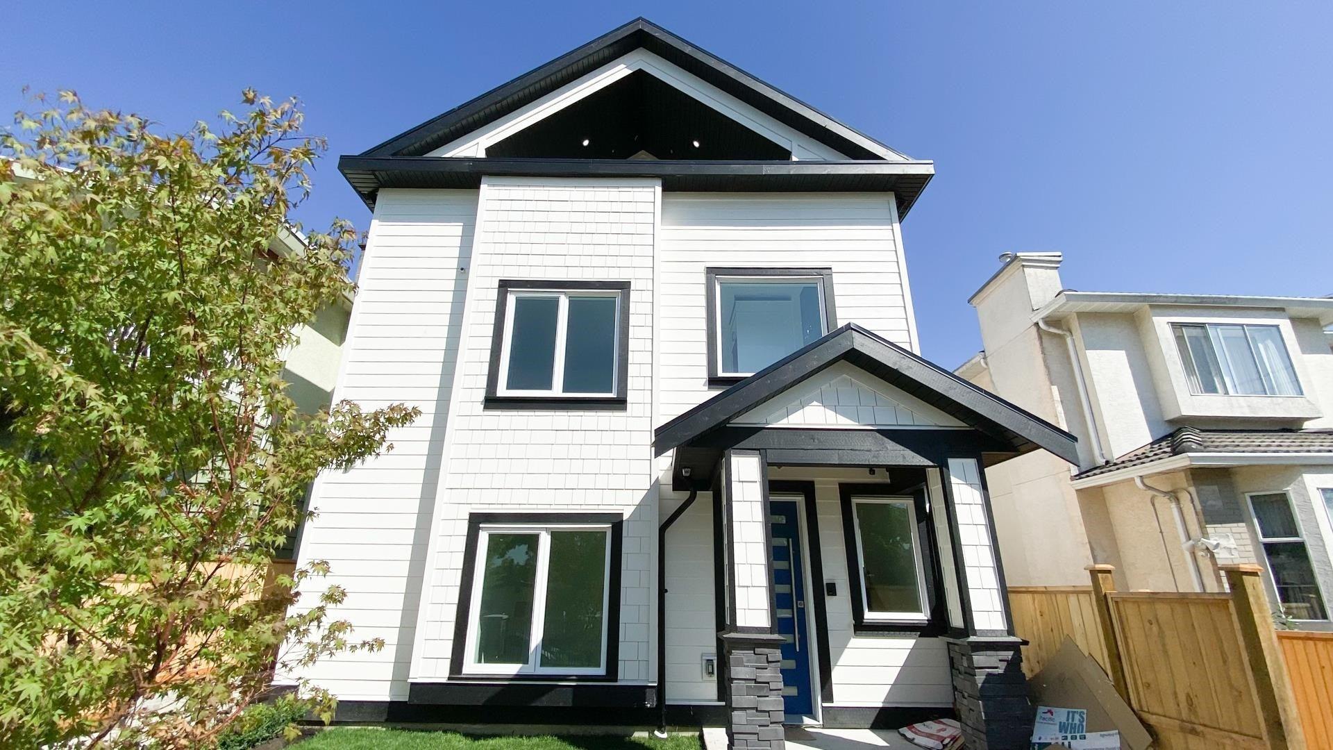 3283 E 7TH AVENUE - Renfrew VE 1/2 Duplex for sale, 3 Bedrooms (R2611163) - #1