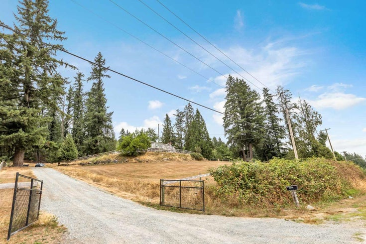 30355 SILVERDALE AVENUE - Mission-West House with Acreage for sale, 3 Bedrooms (R2611356)