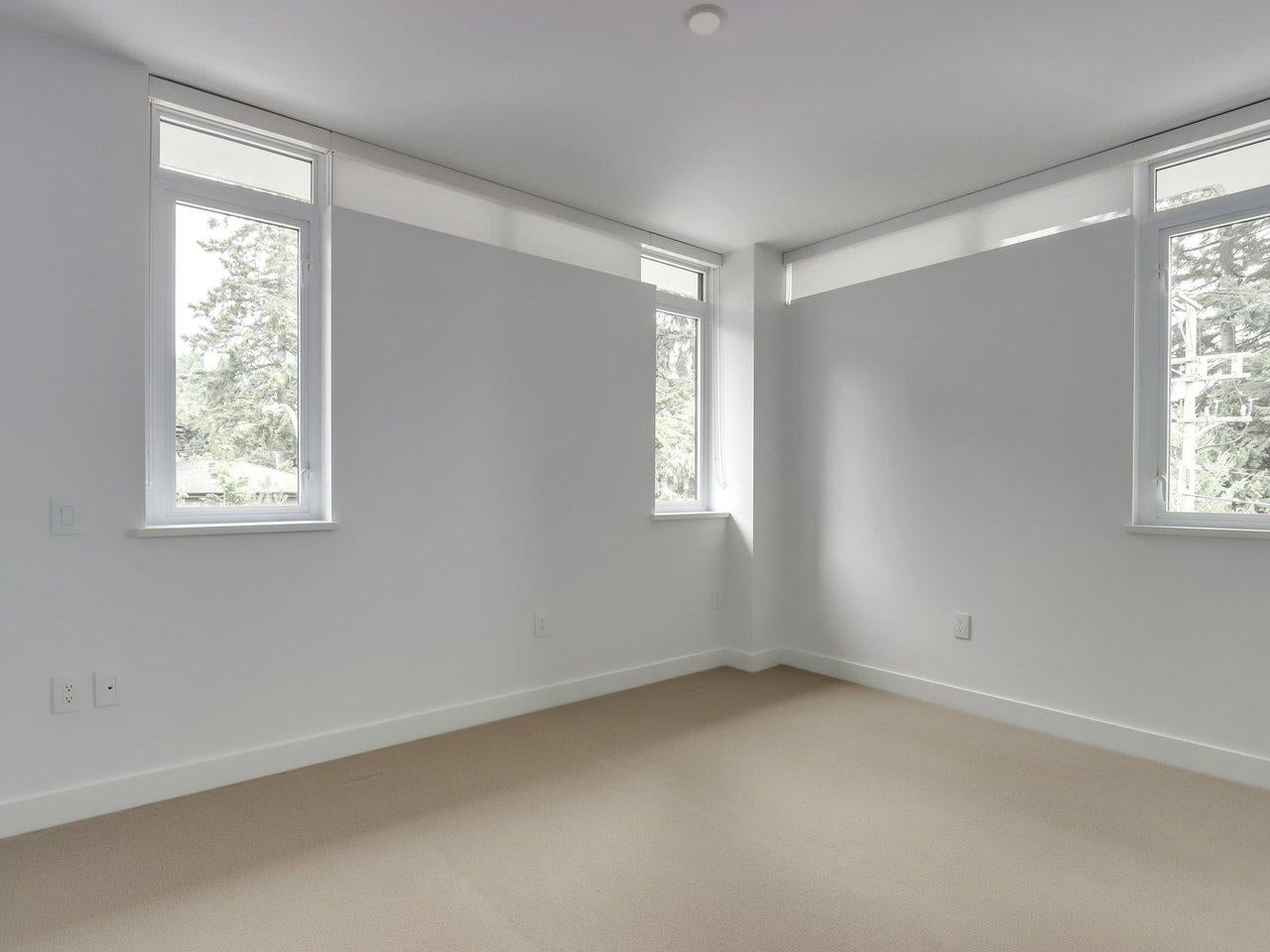 202 1055 RIDGEWOOD DRIVE - Edgemont Townhouse for sale, 3 Bedrooms (R2611487) - #17