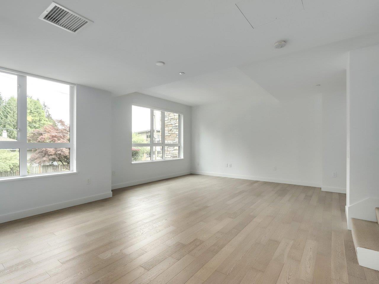 202 1055 RIDGEWOOD DRIVE - Edgemont Townhouse for sale, 3 Bedrooms (R2611487) - #6