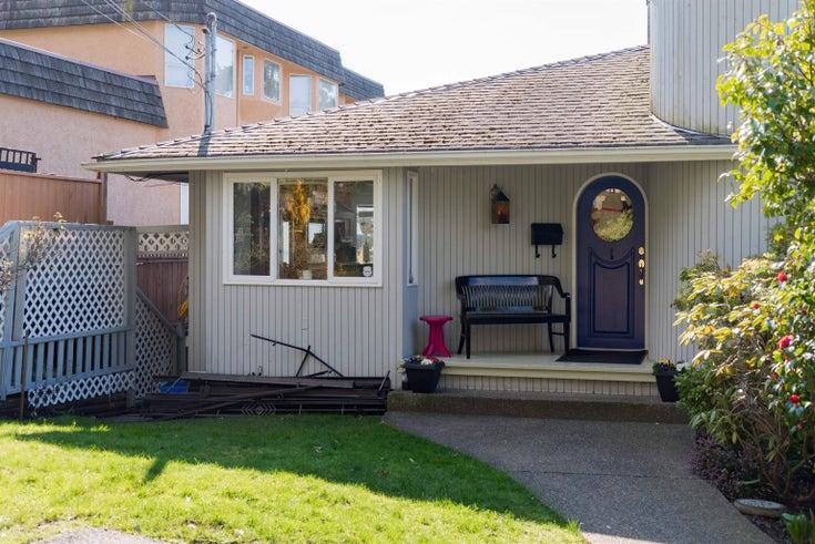 14986 BEACHVIEW AVENUE - White Rock House/Single Family for sale, 5 Bedrooms (R2611496)