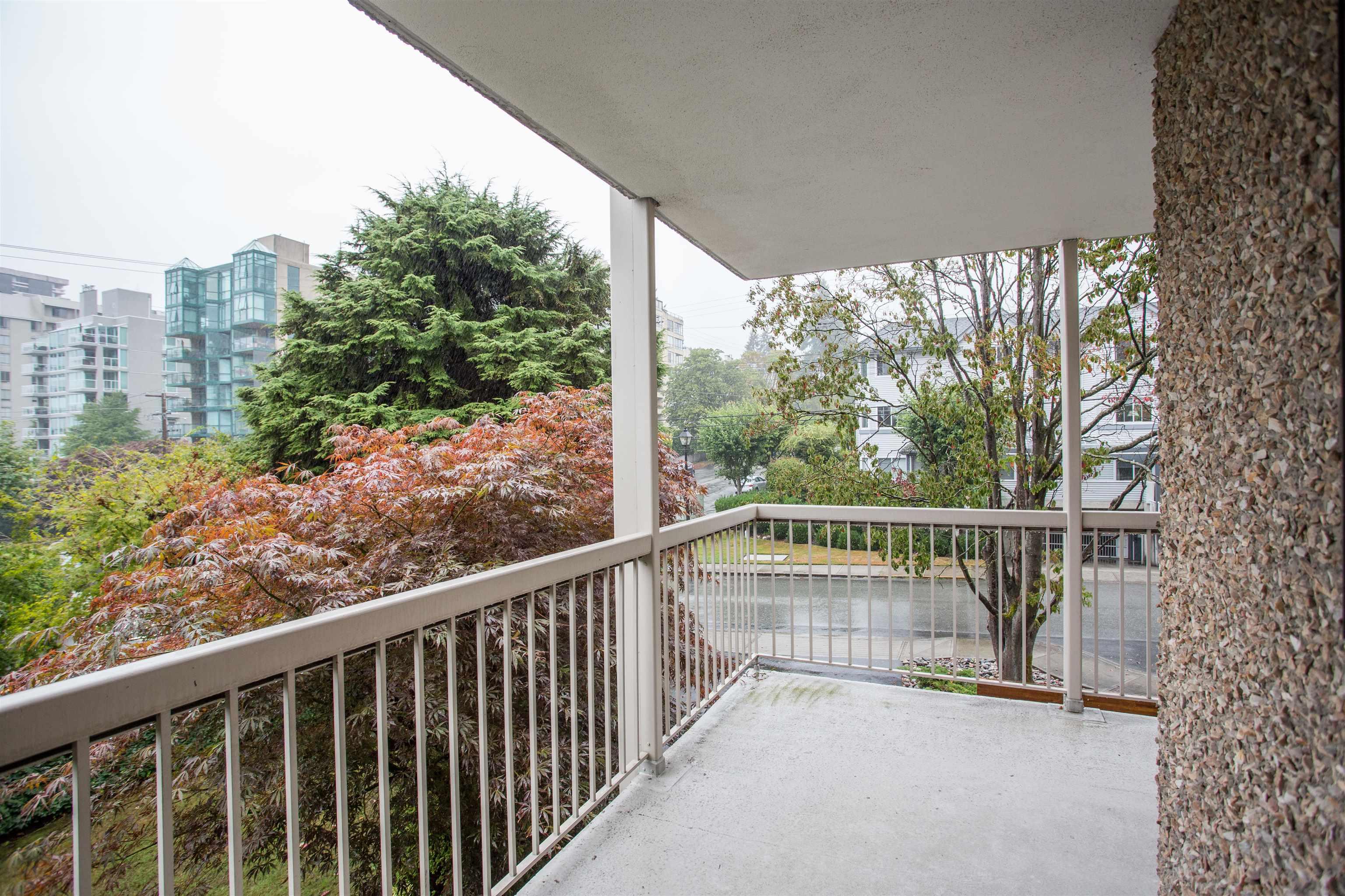 203 1390 DUCHESS AVENUE - Ambleside Apartment/Condo for sale, 1 Bedroom (R2611618) - #24