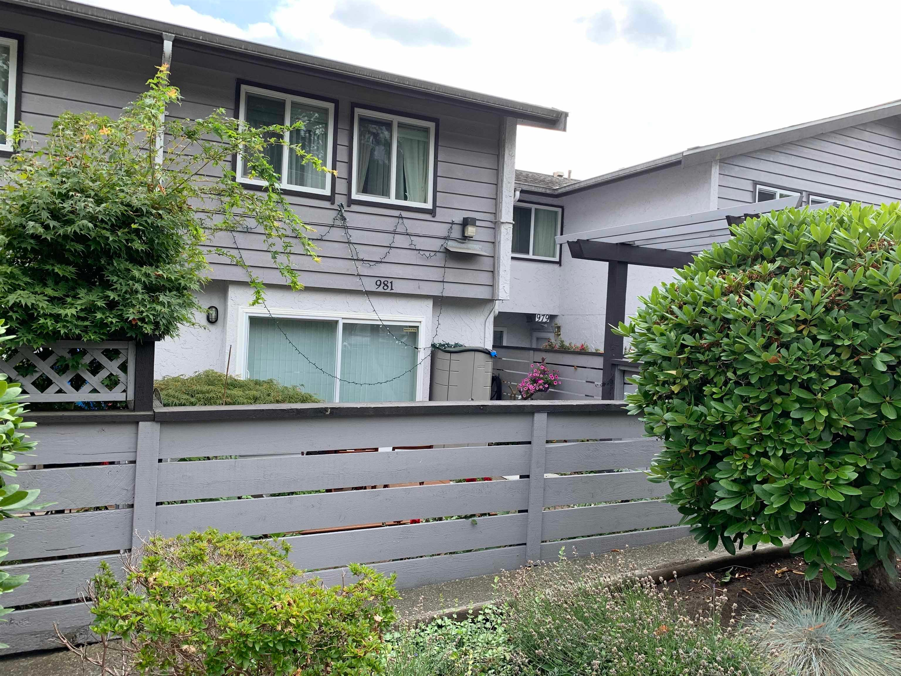 981 HOWIE AVENUE - Central Coquitlam Townhouse for sale, 3 Bedrooms (R2611807) - #2
