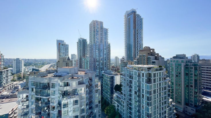 2104 1188 HOWE STREET - Downtown VW Apartment/Condo for sale, 1 Bedroom (R2612001)