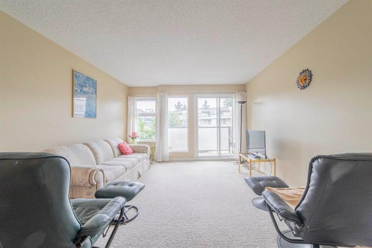 221 1850 E SOUTHMERE CRESCENT - Sunnyside Park Surrey Apartment/Condo for sale, 1 Bedroom (R2612087)