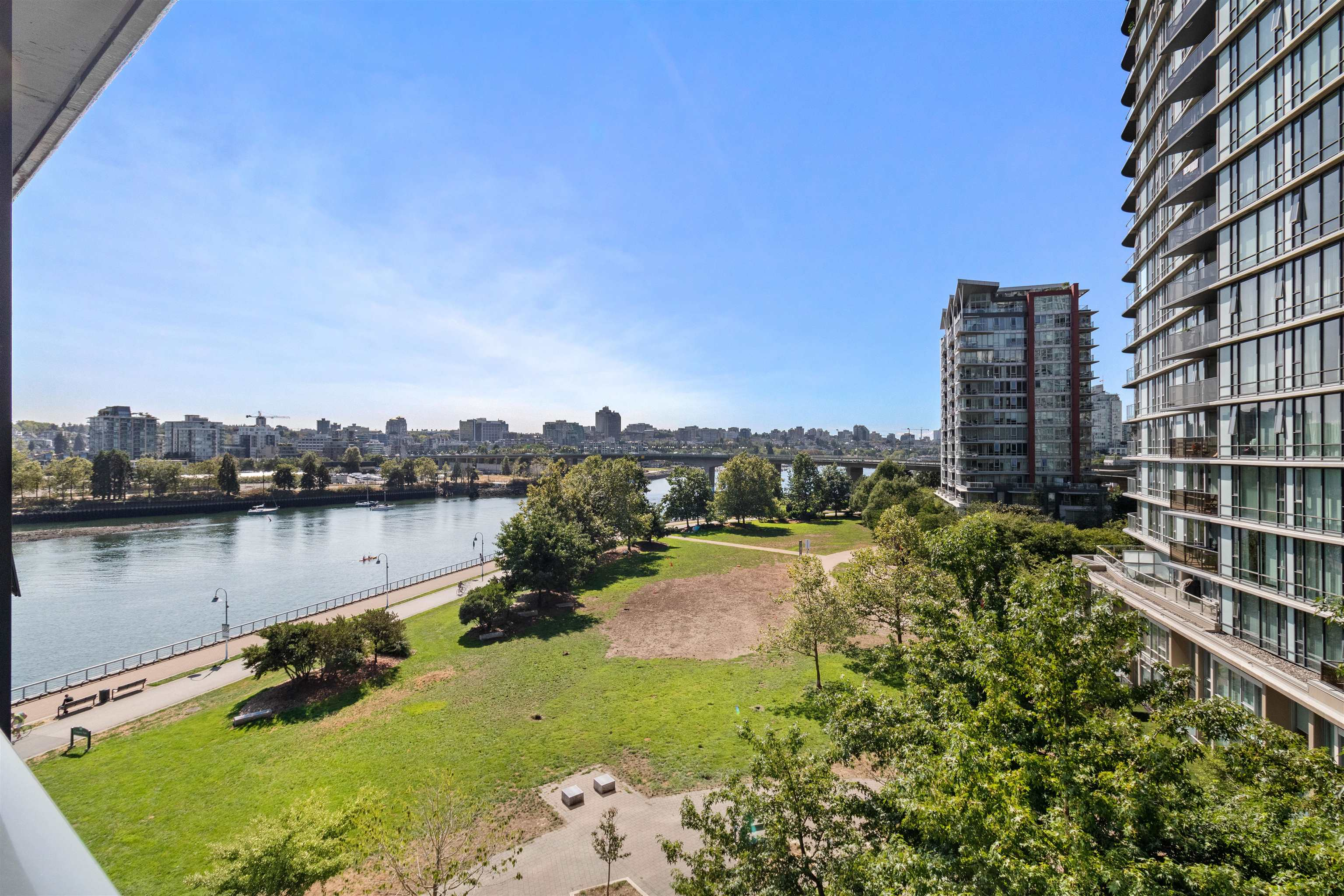 705 8 SMITHE MEWS - Yaletown Apartment/Condo for sale, 2 Bedrooms (R2612133) - #1