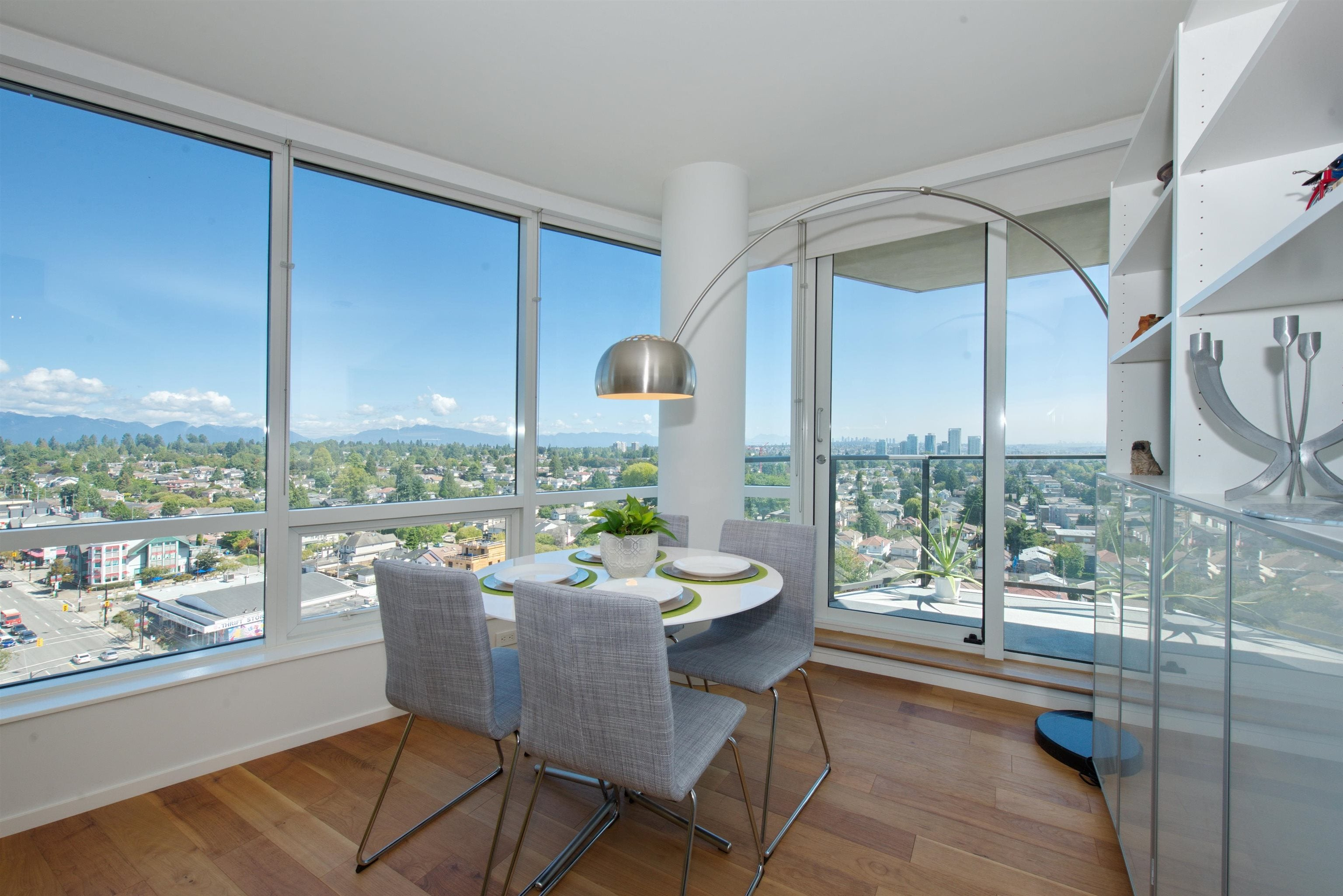 1706 8555 GRANVILLE STREET - S.W. Marine Apartment/Condo for sale, 2 Bedrooms (R2612537)