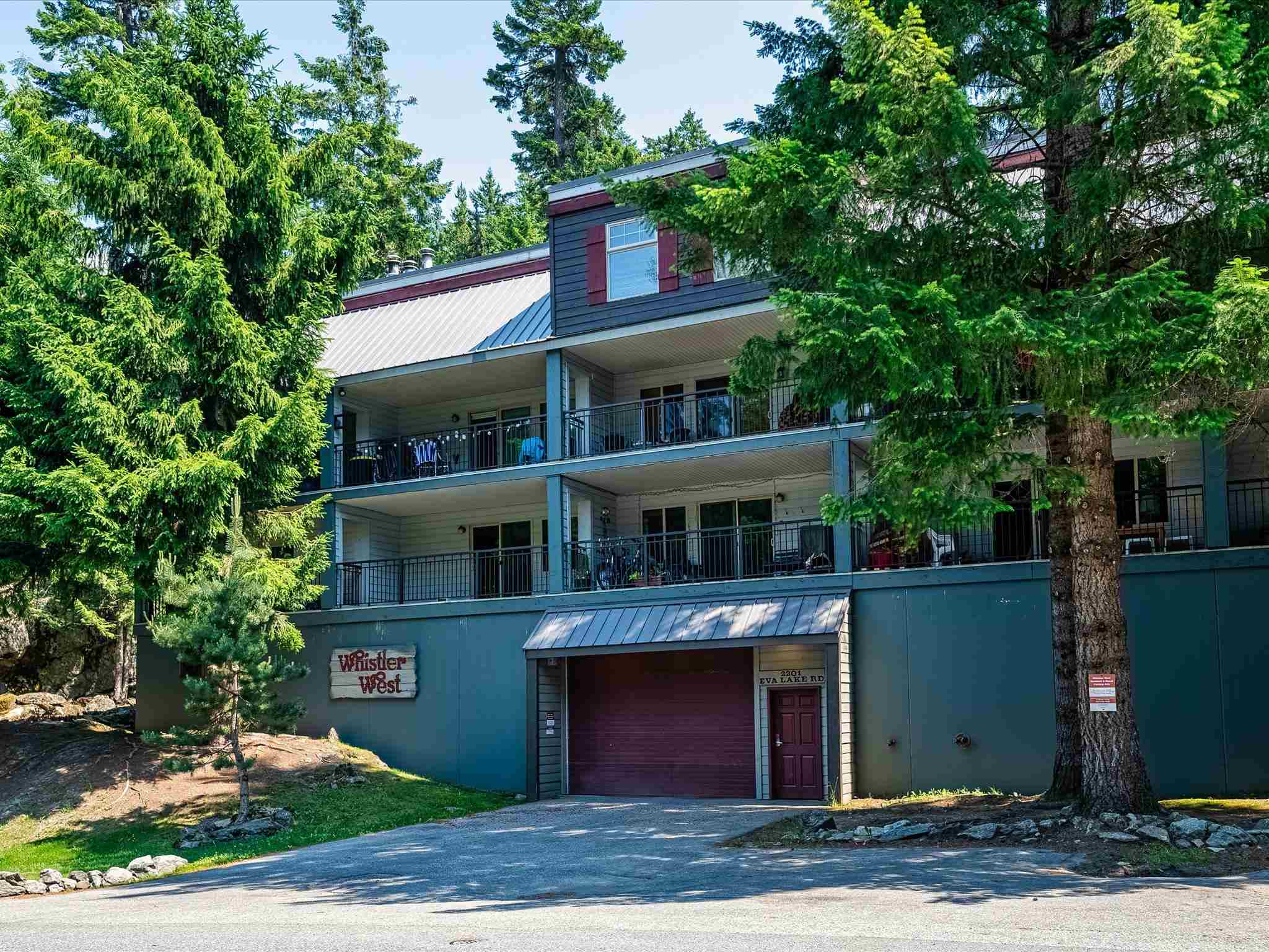 26 2201 EVA LAKE ROAD - Nordic Townhouse for sale, 4 Bedrooms (R2612591)