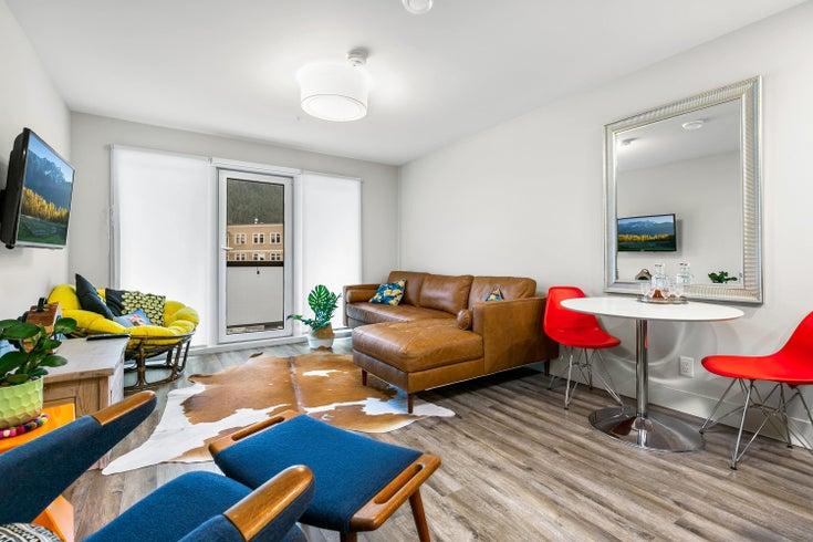 203 7350 CRABAPPLE COURT - Pemberton Apartment/Condo for sale, 2 Bedrooms (R2612813)