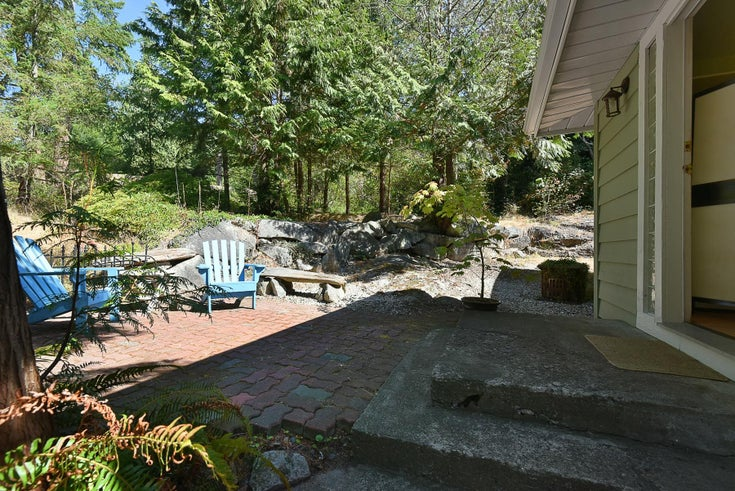 1142 ROBERTS CREEK ROAD - Roberts Creek House/Single Family for sale, 4 Bedrooms (R2612861)