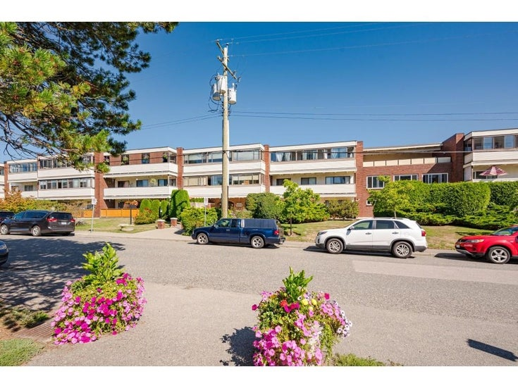 106 1448 FIR STREET - White Rock Apartment/Condo for sale, 3 Bedrooms (R2613220)