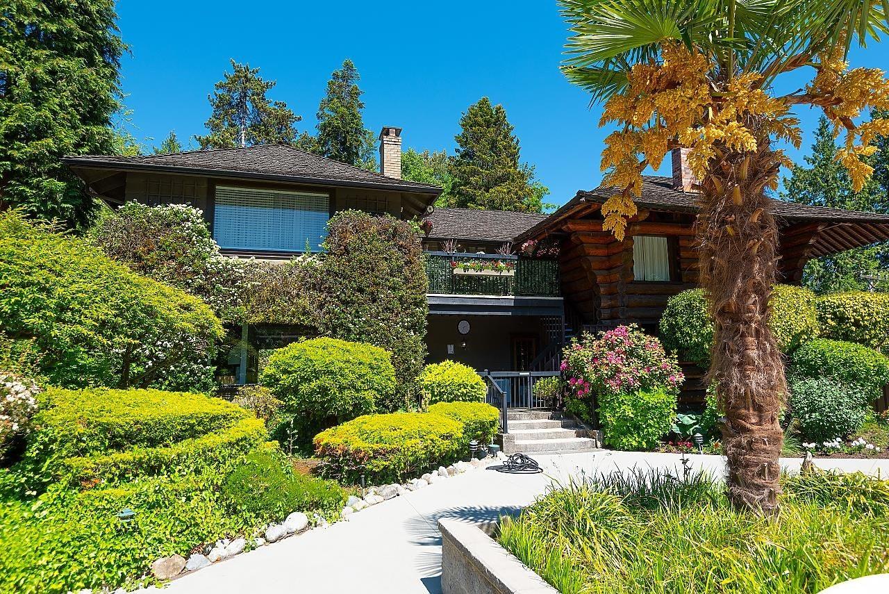 608 235 KEITH ROAD - Cedardale Apartment/Condo for sale, 1 Bedroom (R2613225)