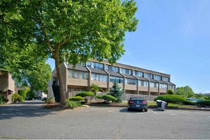 24 17700 60 AVENUE - Cloverdale BC Townhouse for sale, 1 Bedroom (R2613532)