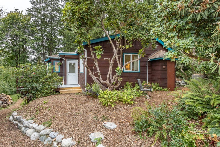 9019 MANZER STREET - Mission-West House with Acreage for sale, 2 Bedrooms (R2613877)