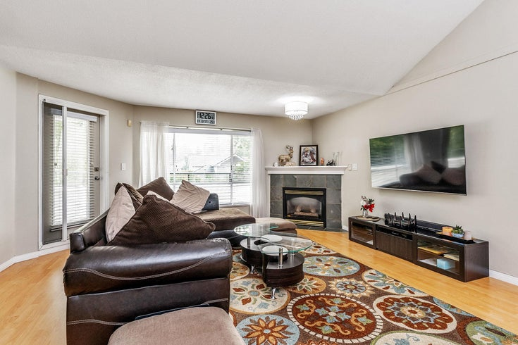 15 13640 84 AVENUE - Bear Creek Green Timbers Townhouse for sale, 2 Bedrooms (R2614013)