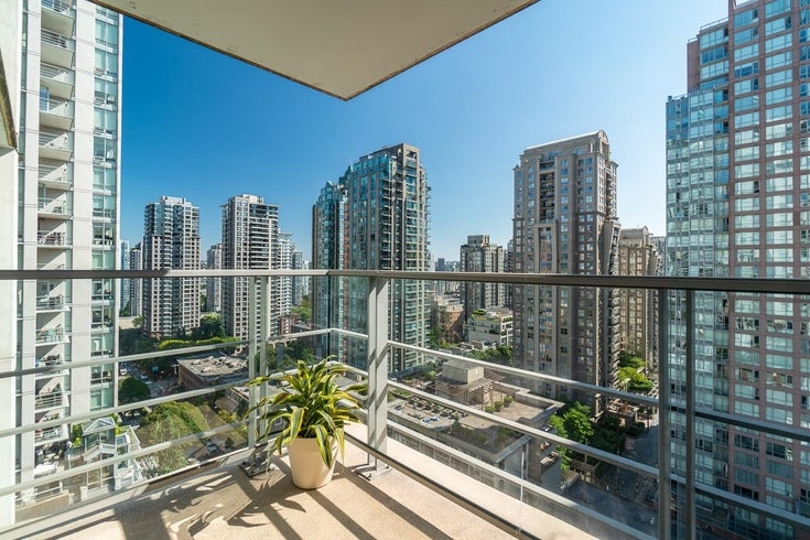 1601 565 SMITHE STREET - Downtown VW Apartment/Condo for sale, 2 Bedrooms (R2614066)