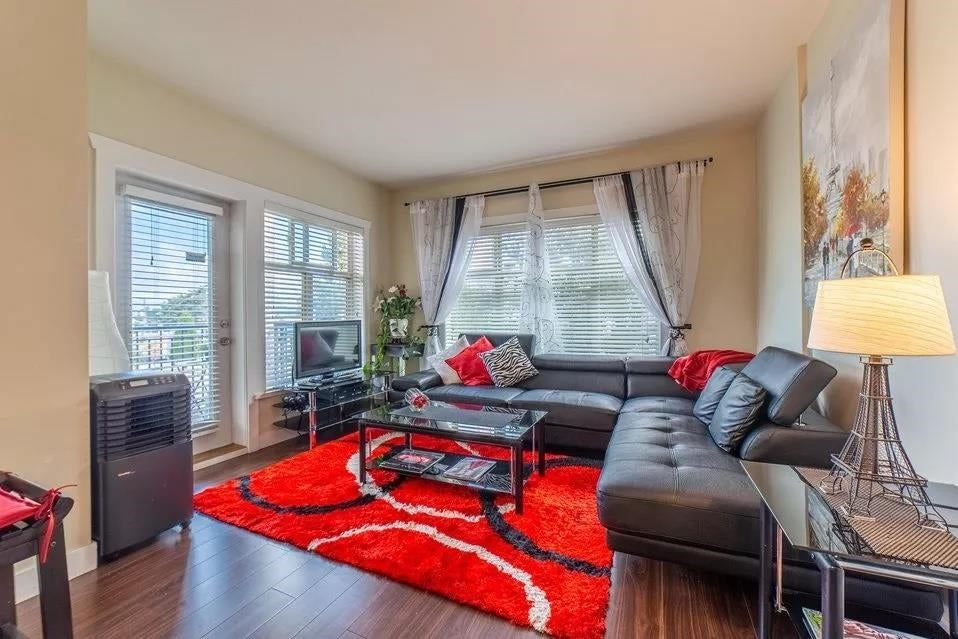 120 13468 KING GEORGE BOULEVARD - Whalley Apartment/Condo for sale, 2 Bedrooms (R2614440)