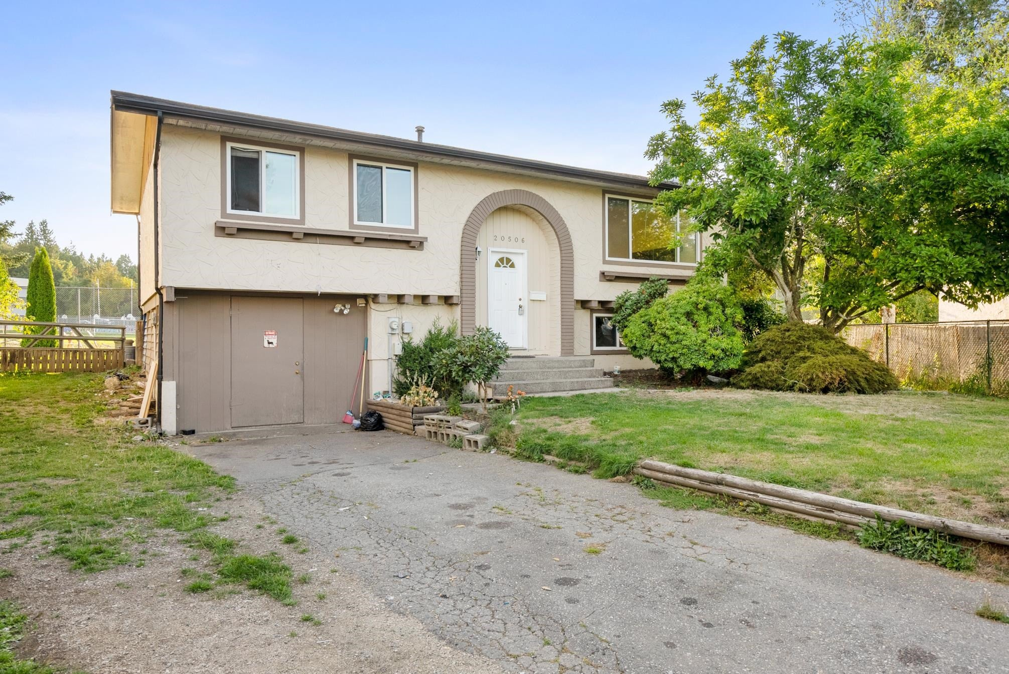 20506 48B AVENUE - Langley City House/Single Family for sale, 4 Bedrooms (R2614937) - #1