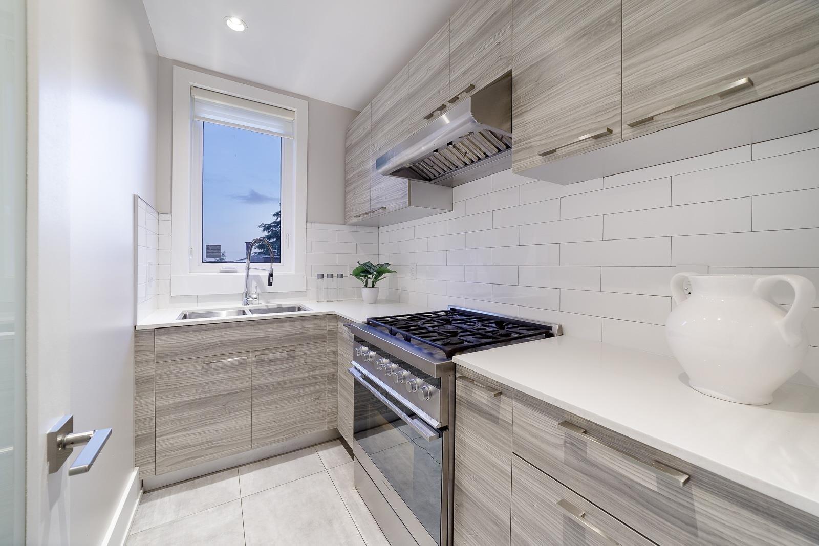517 GRANADA CRESCENT - Upper Delbrook House/Single Family for sale, 8 Bedrooms (R2615057) - #10