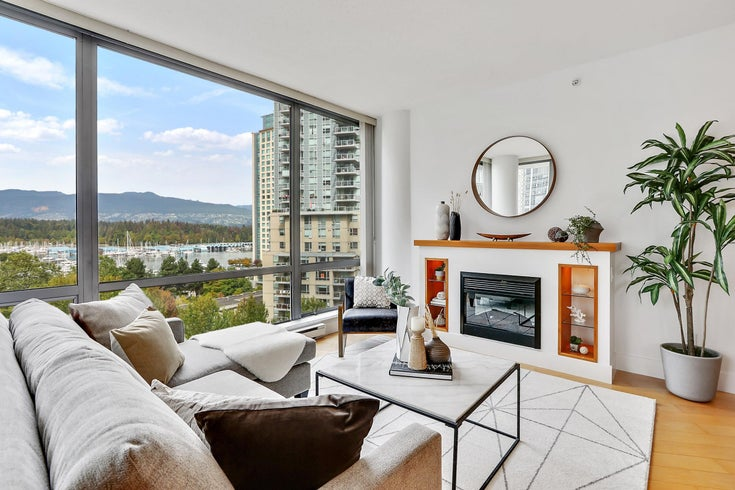 704 1228 W HASTINGS STREET - Coal Harbour Apartment/Condo for sale, 2 Bedrooms (R2615292)