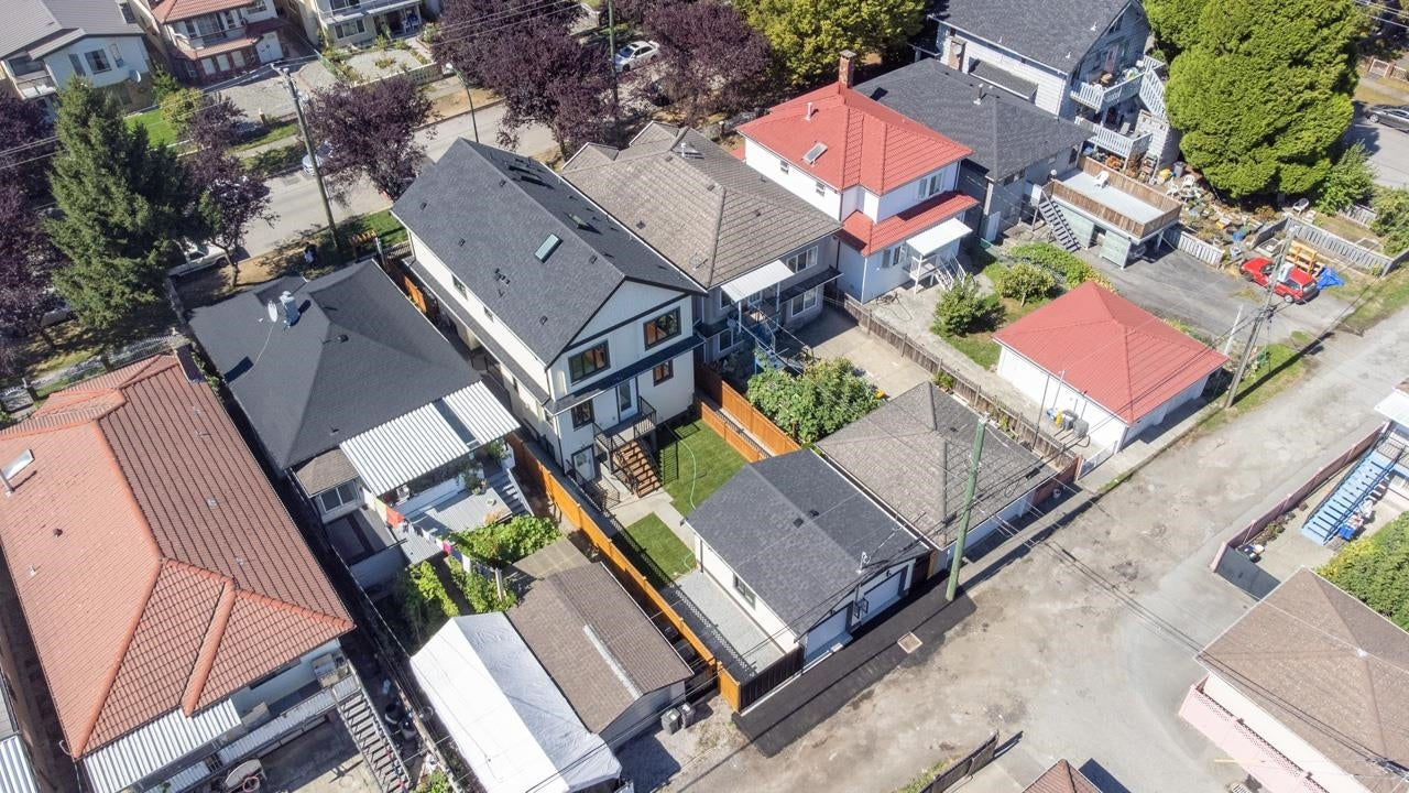 5064 GLADSTONE STREET - Victoria VE 1/2 Duplex for sale, 4 Bedrooms (R2615300) - #1