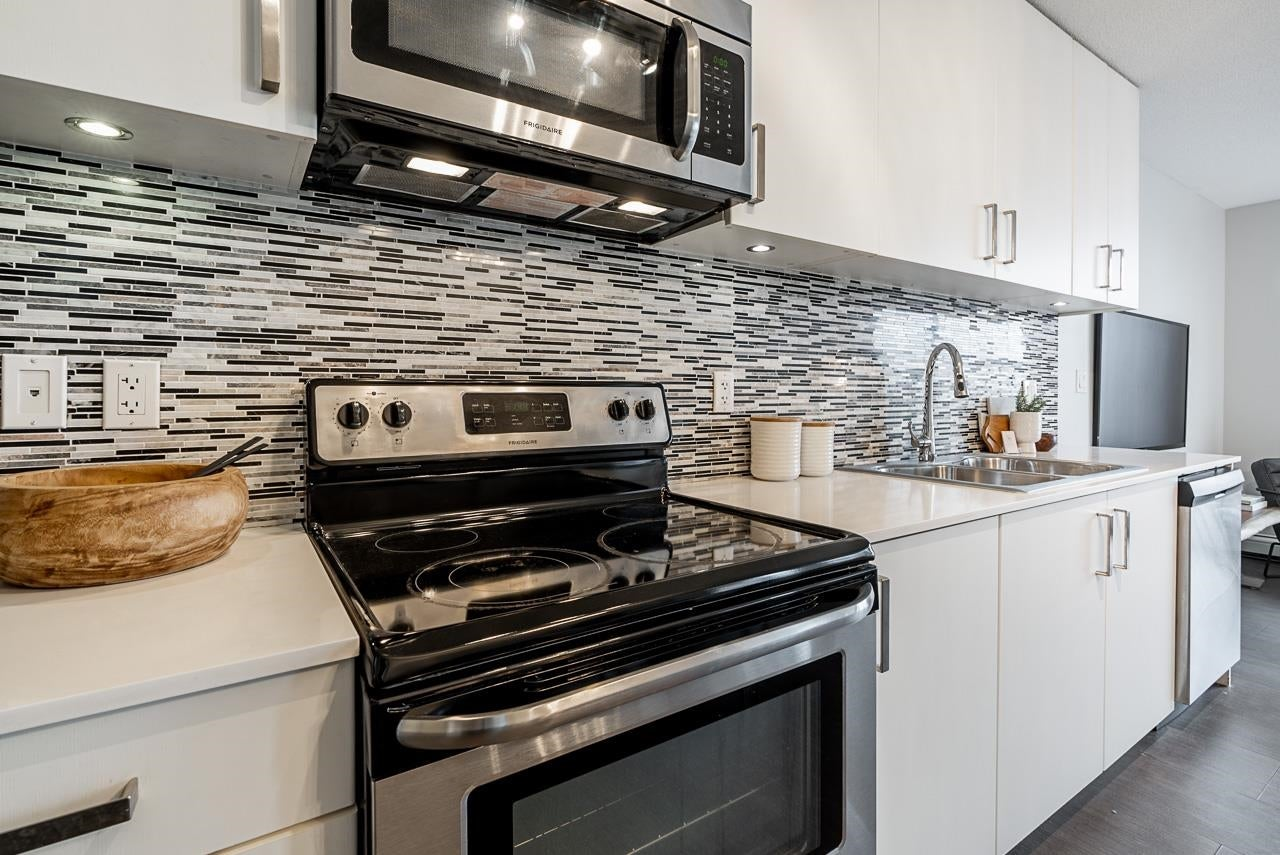 1011 66 W CORDOVA STREET - Downtown VW Apartment/Condo for sale, 2 Bedrooms (R2615461) - #1
