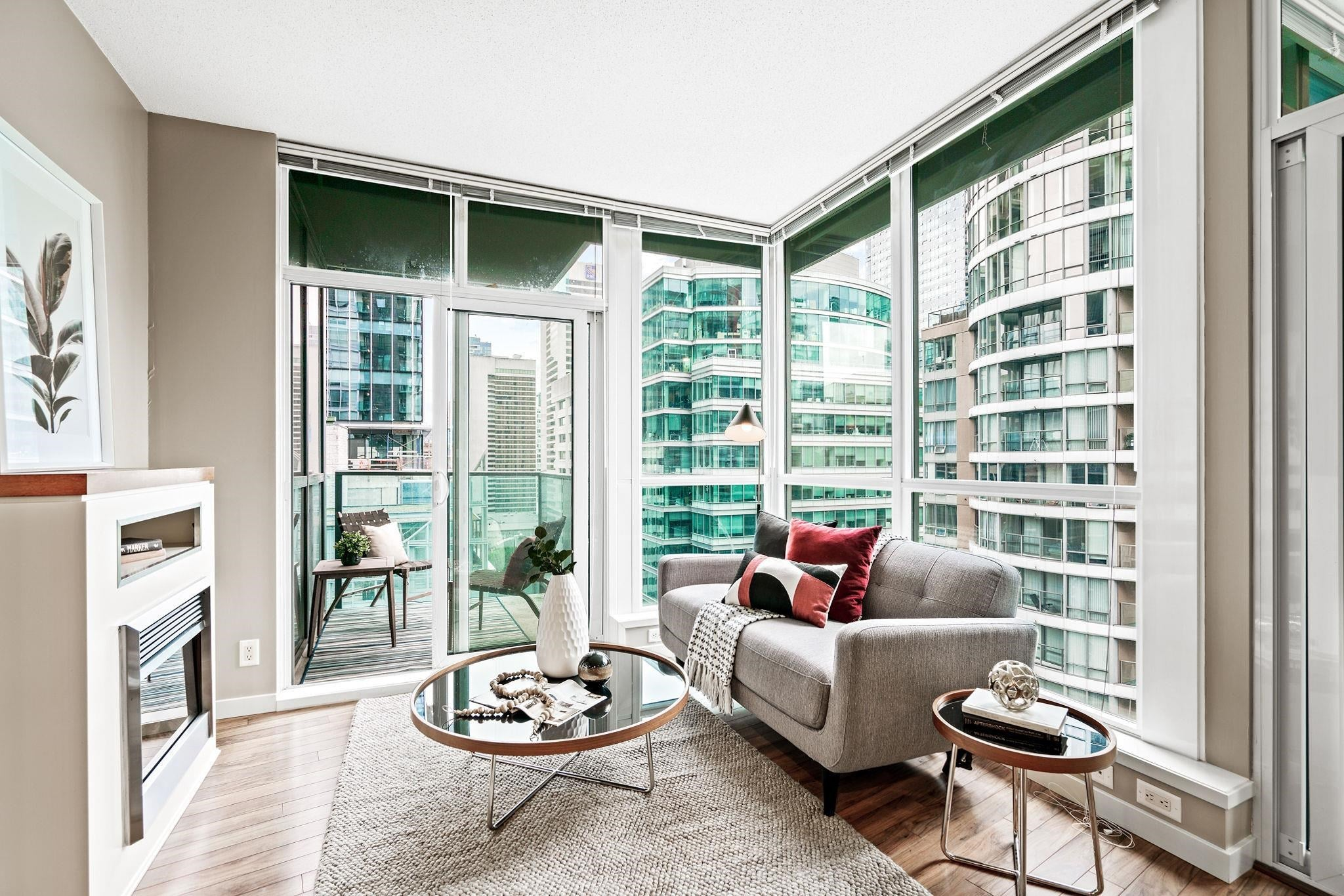 2105 1189 MELVILLE STREET - Coal Harbour Apartment/Condo for sale, 1 Bedroom (R2615541) - #1