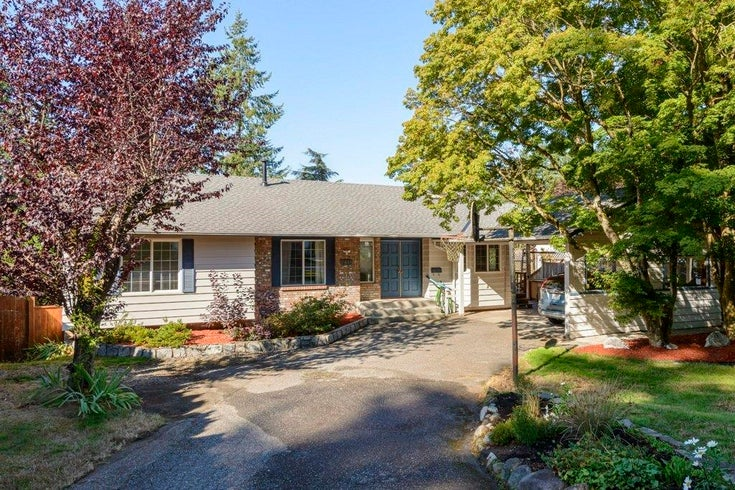 6441 MCKENZIE DRIVE - Sunshine Hills Woods House/Single Family for sale, 5 Bedrooms (R2615605)