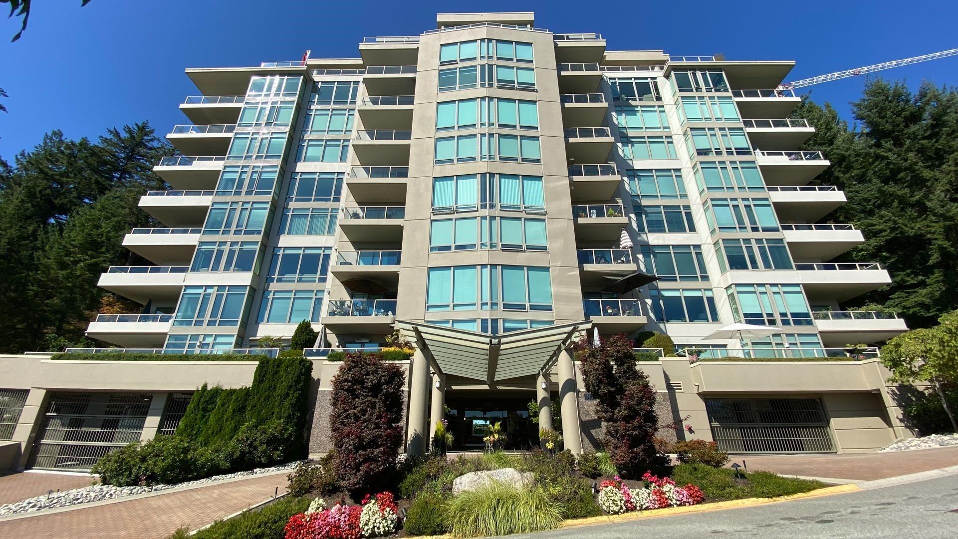301 3131 DEER RIDGE DRIVE - Deer Ridge WV Apartment/Condo for sale, 2 Bedrooms (R2615692) - #1