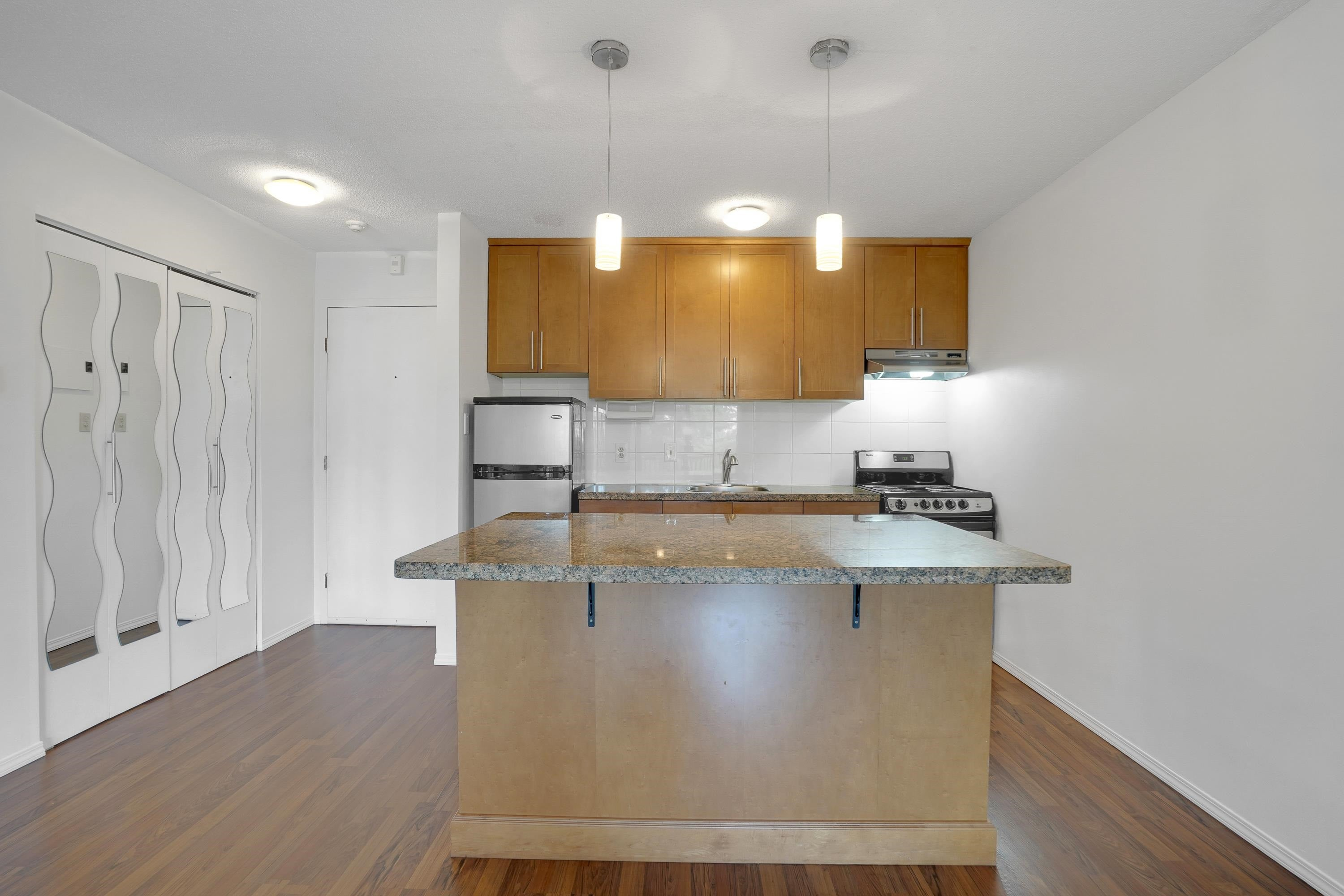 208 270 WEST 3RD STREET - Lower Lonsdale Apartment/Condo for sale, 1 Bedroom (R2615758) - #12