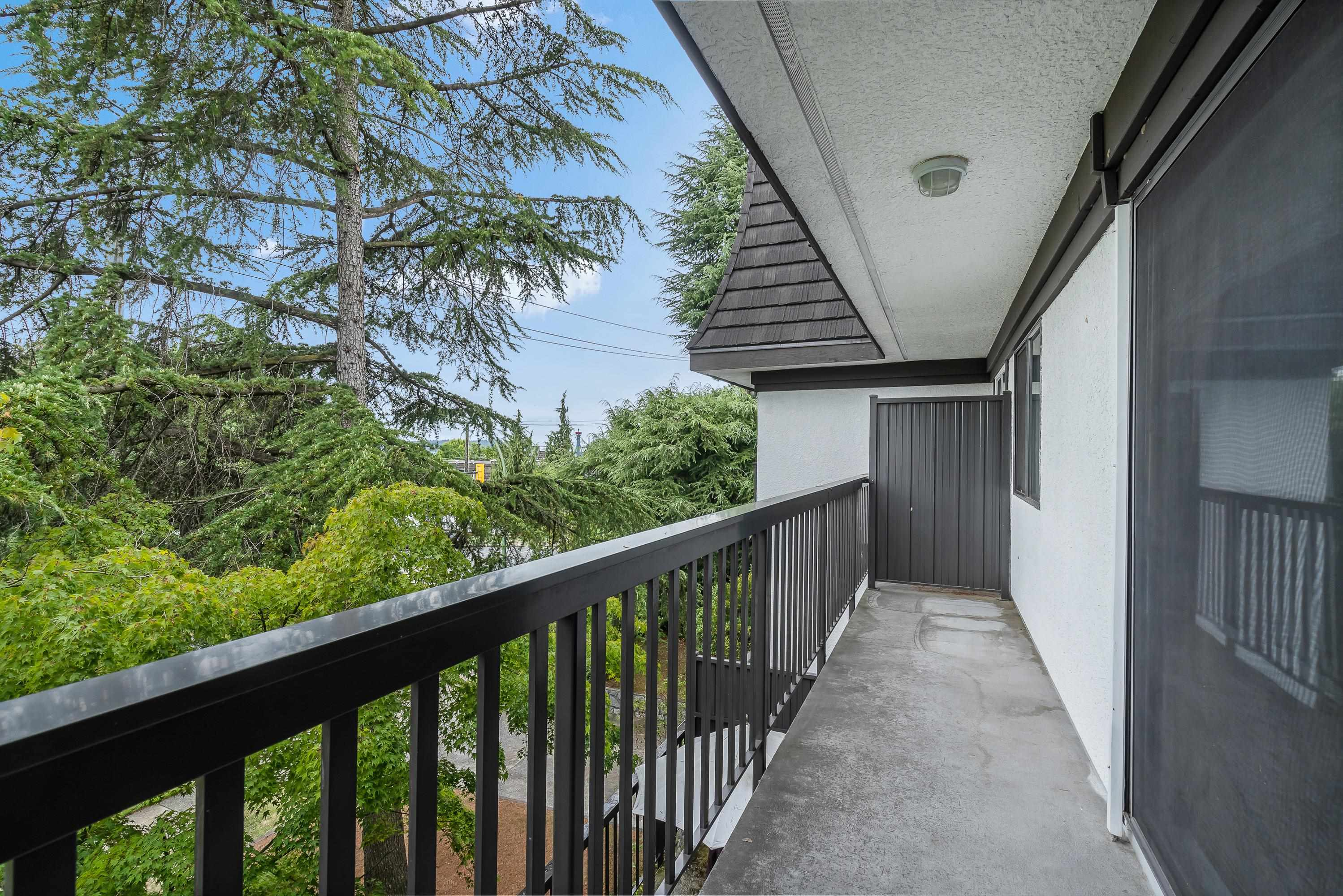 208 270 WEST 3RD STREET - Lower Lonsdale Apartment/Condo for sale, 1 Bedroom (R2615758) - #15