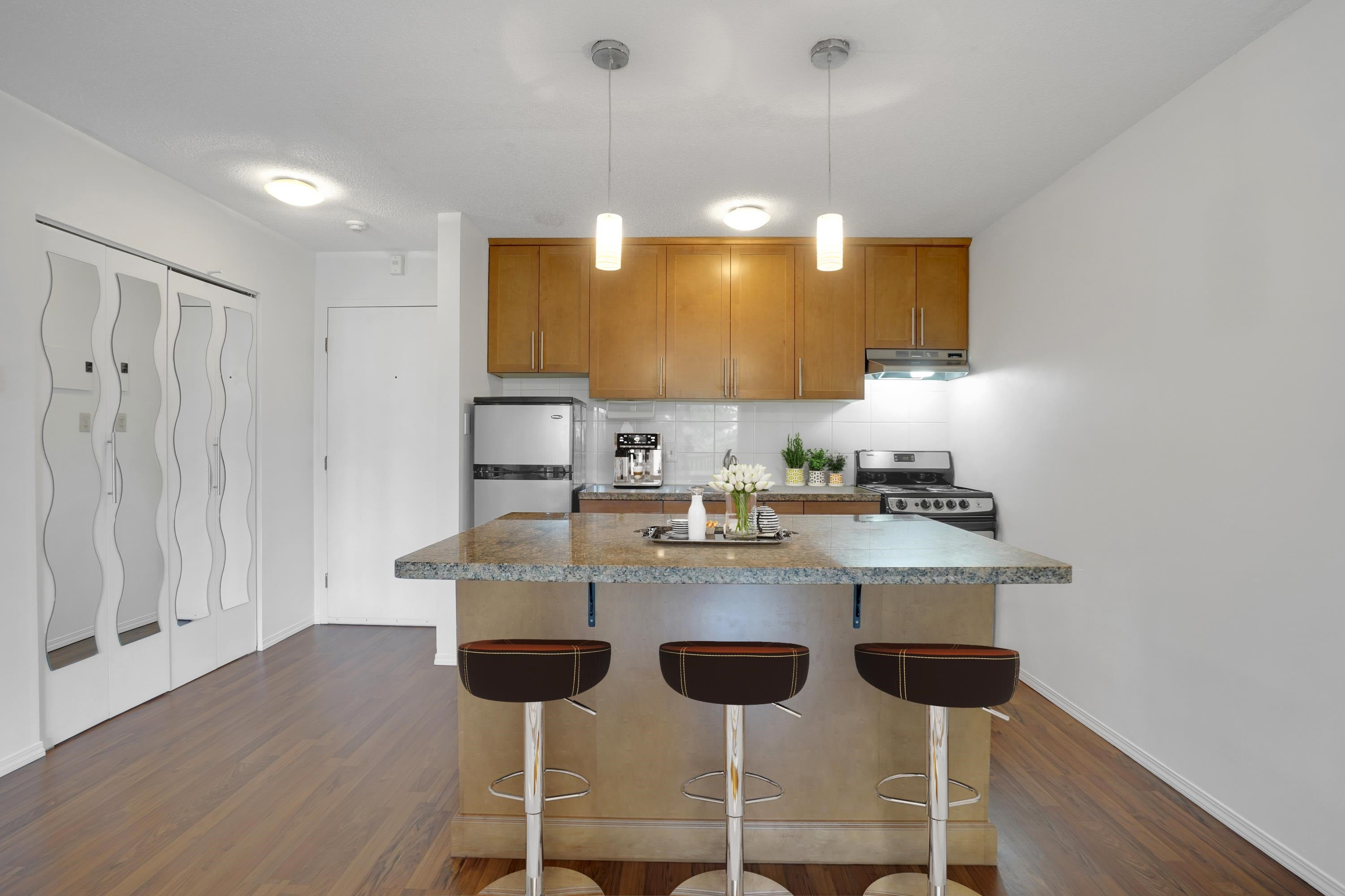 208 270 WEST 3RD STREET - Lower Lonsdale Apartment/Condo for sale, 1 Bedroom (R2615758) - #5