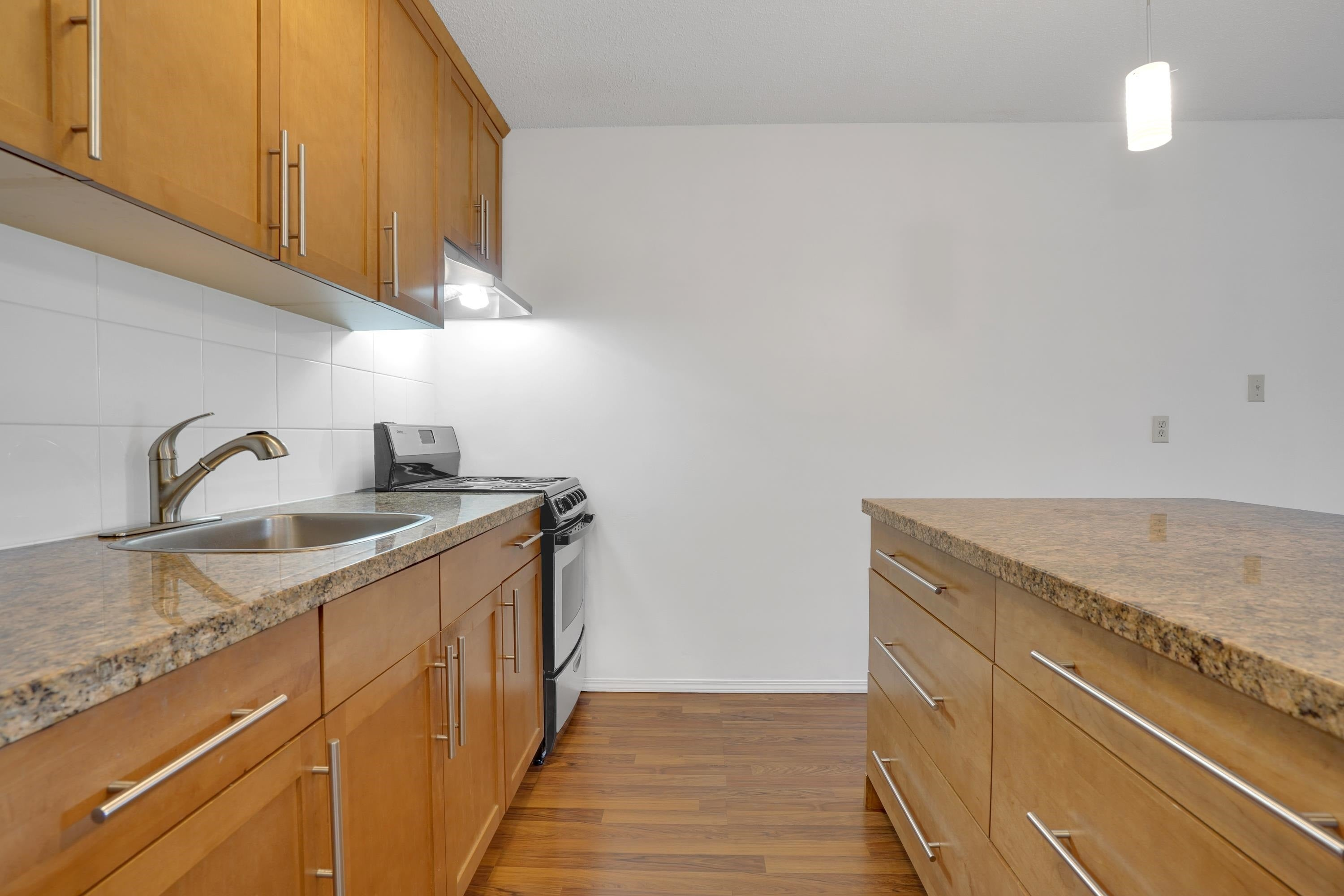 208 270 WEST 3RD STREET - Lower Lonsdale Apartment/Condo for sale, 1 Bedroom (R2615758) - #9