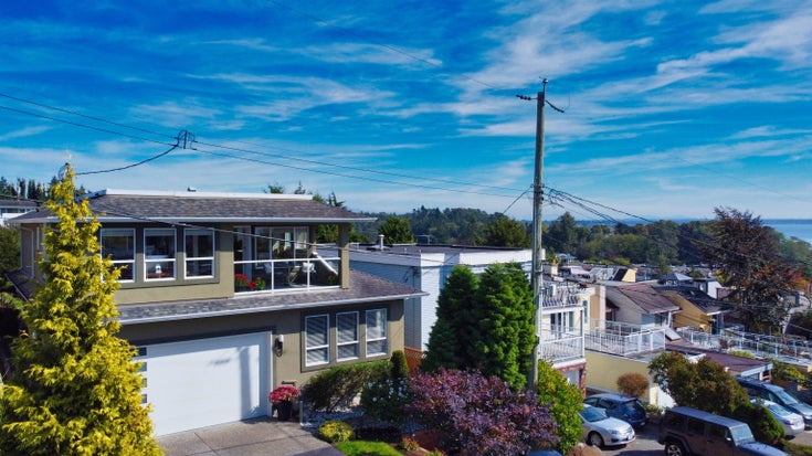 948 KENT STREET - White Rock House/Single Family for sale, 5 Bedrooms (R2615798)