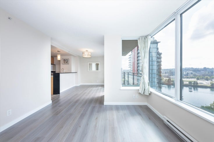 2005 33 SMITHE STREET - Yaletown Apartment/Condo for sale, 2 Bedrooms (R2615842)
