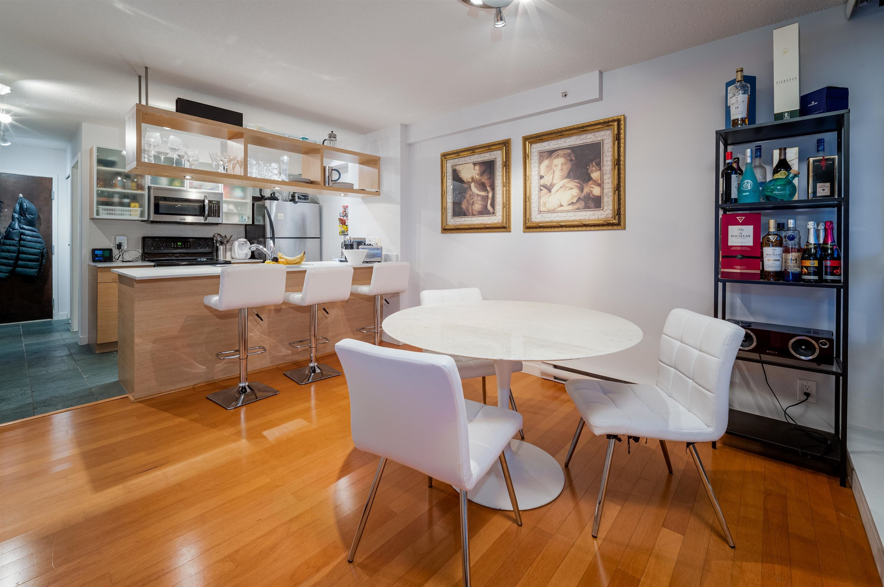PH2308 938 SMITHE STREET - Downtown VW Apartment/Condo for sale, 2 Bedrooms (R2615960) - #1
