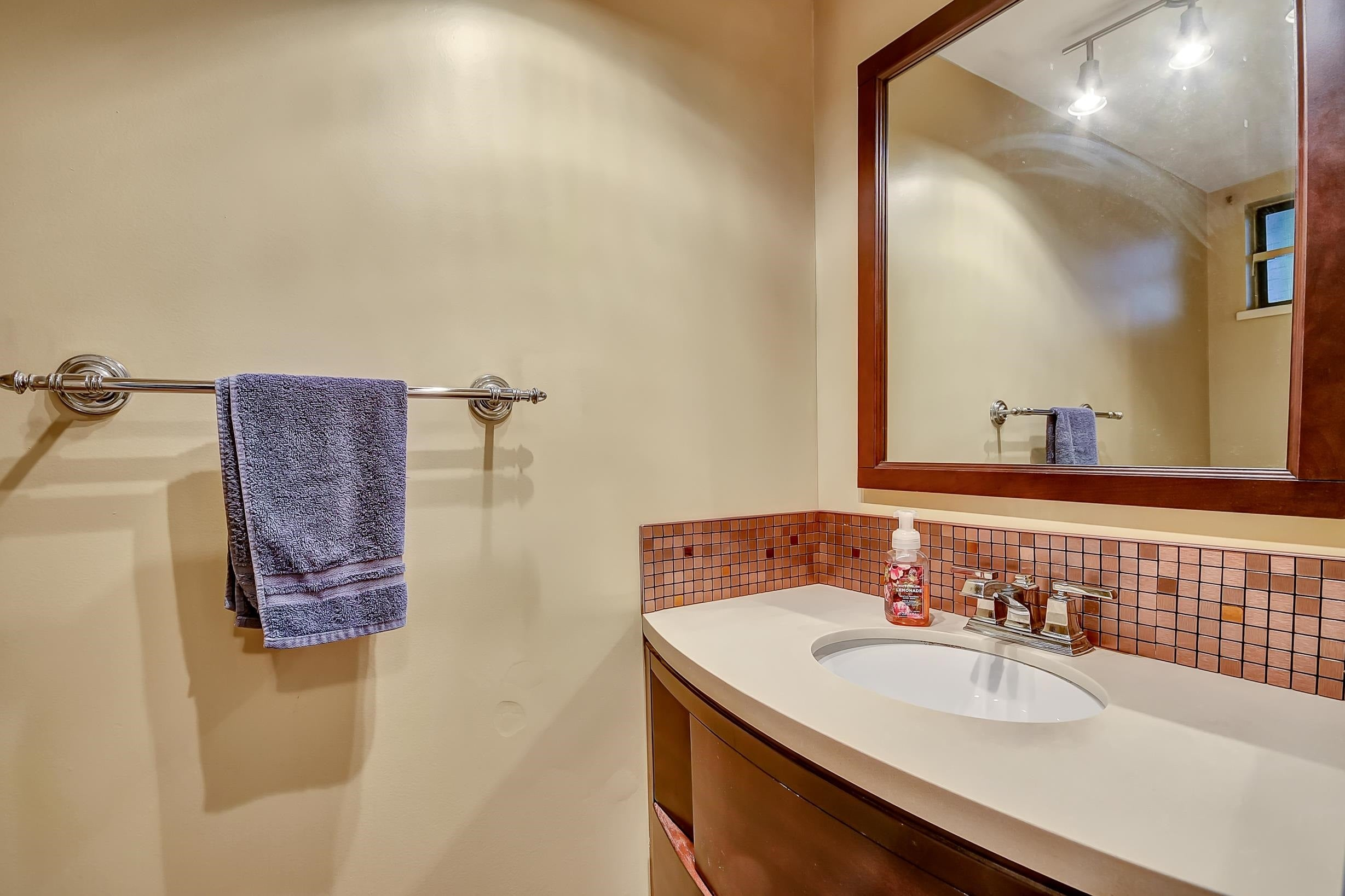 - Queen Mary Park Surrey Townhouse for sale, 3 Bedrooms (R2616033) - #6