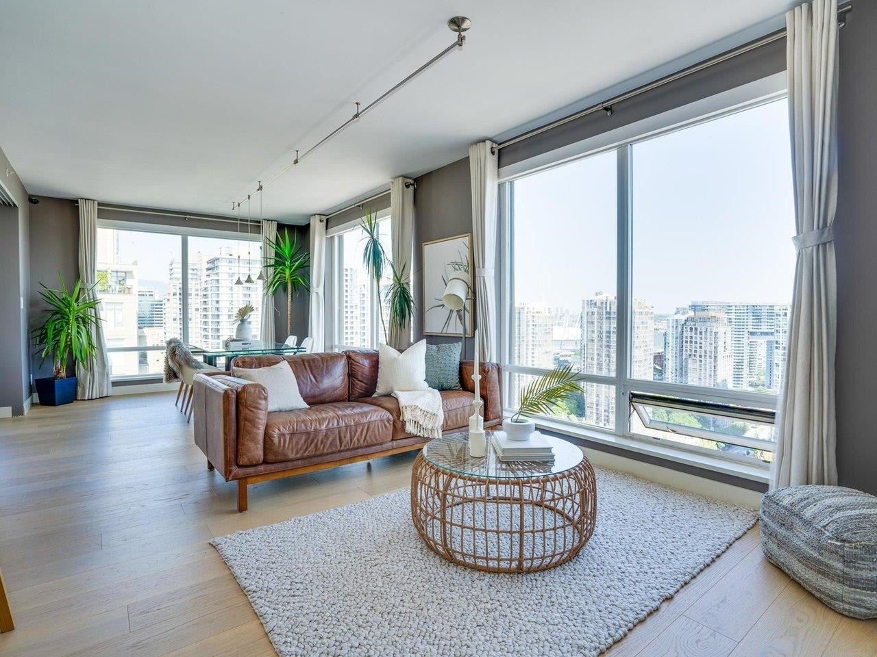 2403 1055 HOMER STREET - Yaletown Apartment/Condo for sale, 2 Bedrooms (R2616123) - #1