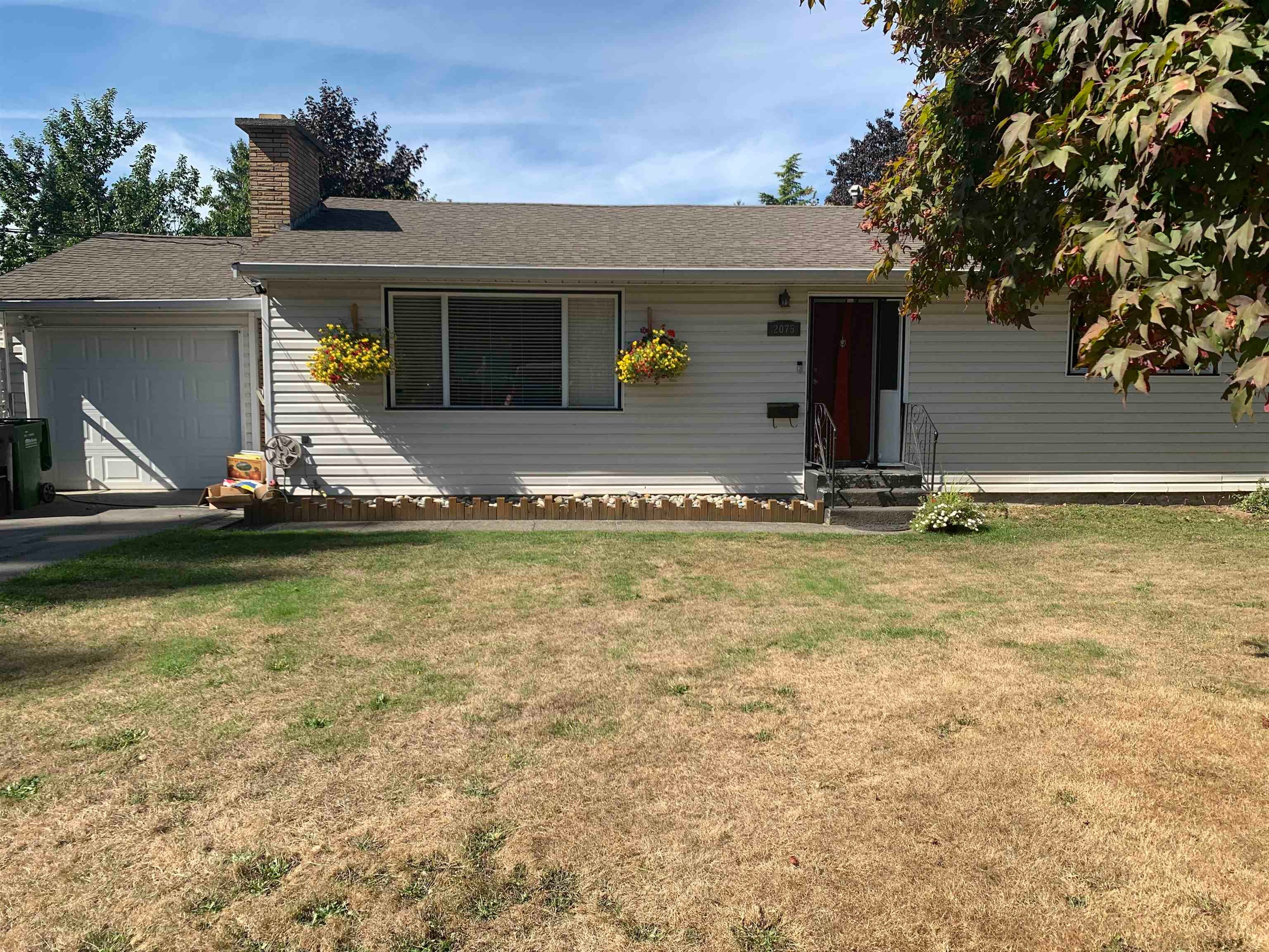 2075 WILLOW STREET - Central Abbotsford House/Single Family for sale, 5 Bedrooms (R2616161) - #2