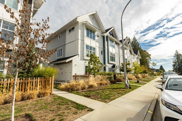 6 20451 84 AVENUE - Willoughby Heights Townhouse for sale, 4 Bedrooms (R2616635)