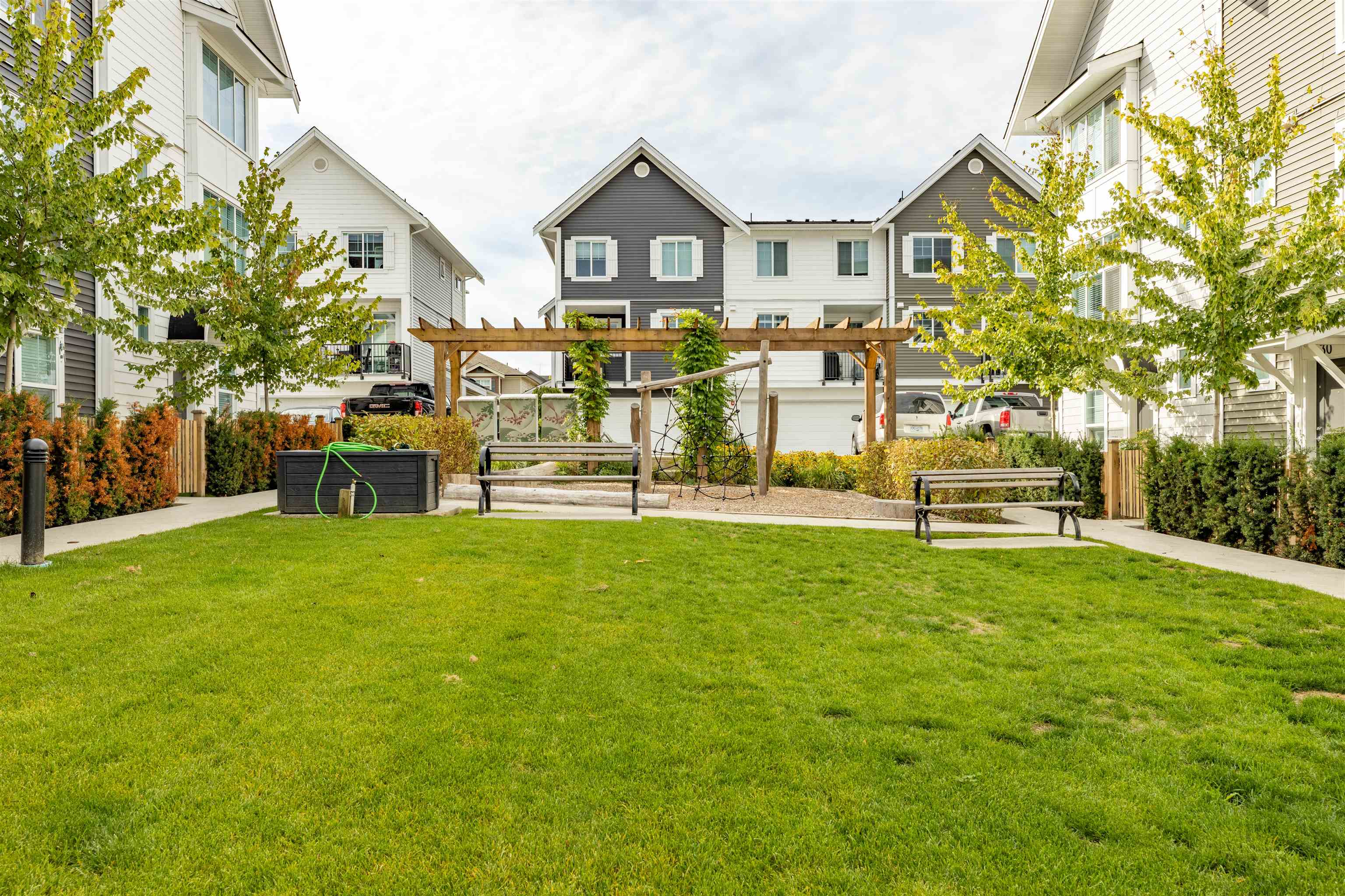 6 20451 84 AVENUE - Willoughby Heights Townhouse for sale, 4 Bedrooms (R2616635) - #35